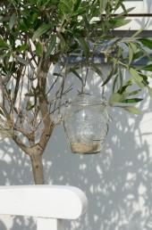 Závěsná lucerna, zdroj: bellarose.cz